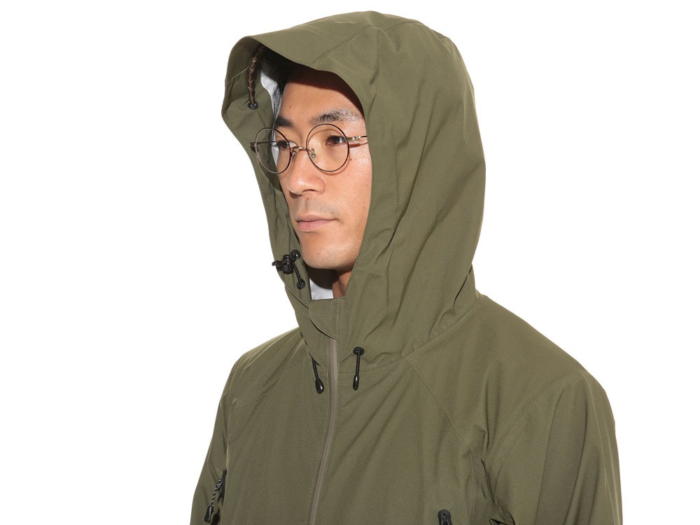 3L Light Shell Jacket S Olive5