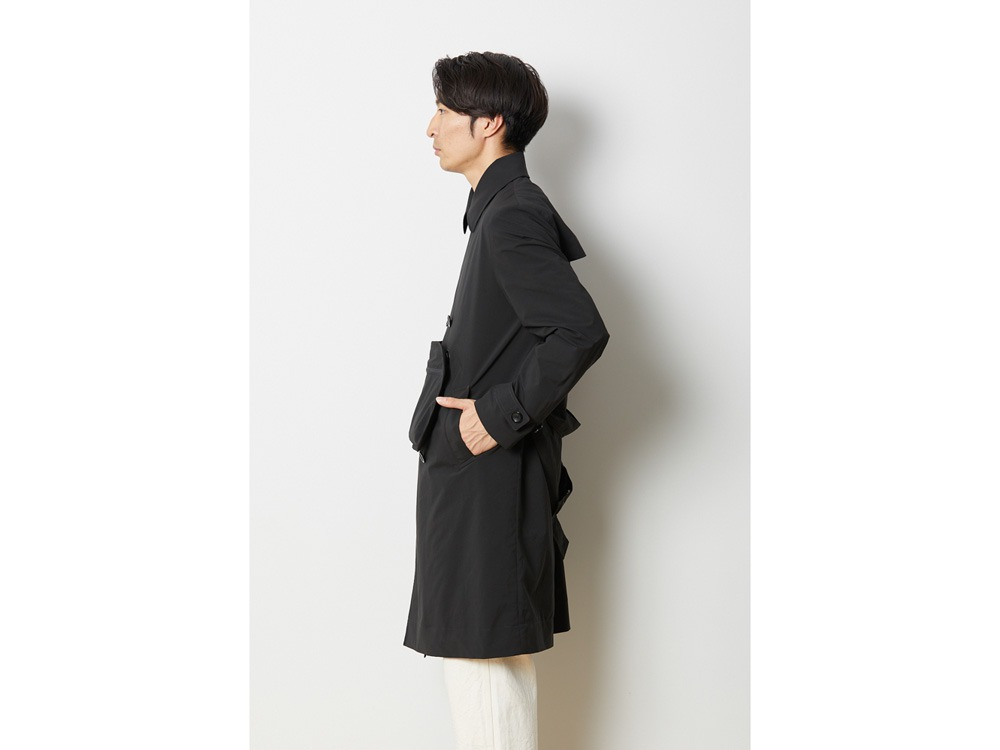 DWR LightWeight Coat M BK3