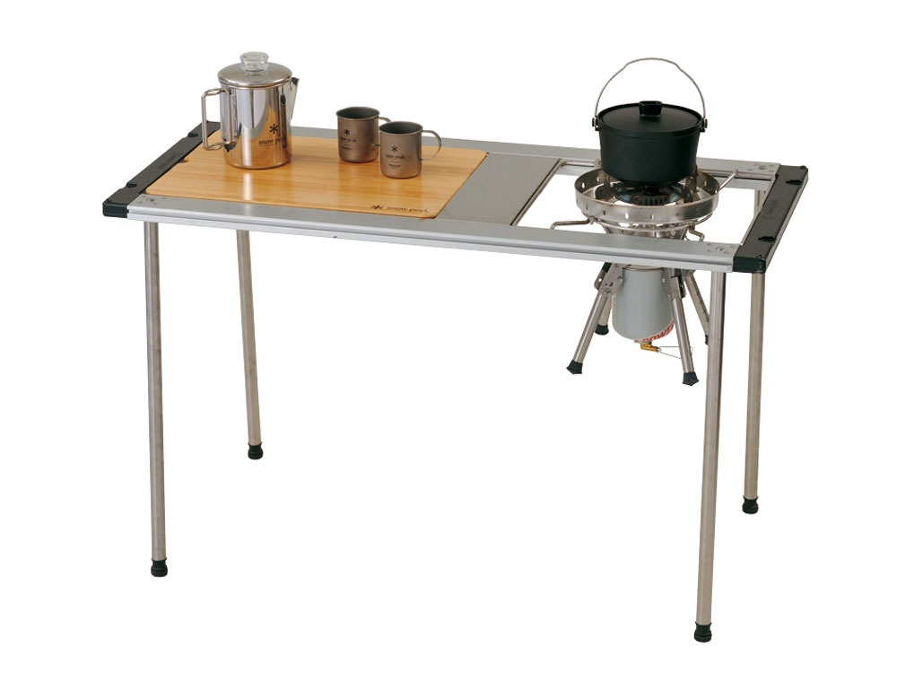 Iron Grill Table Wood Table W Bamboo1