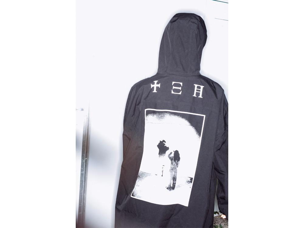 GEZAN Packable Rain Poncho One Black