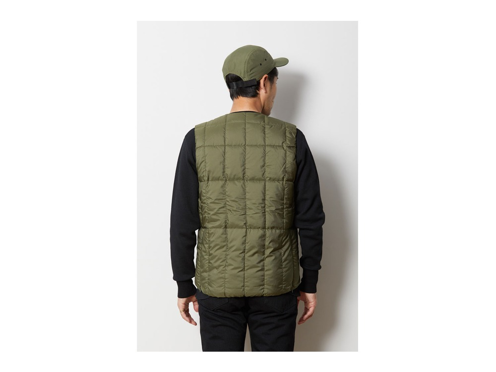Recycled Middle Down Vest 1 Black