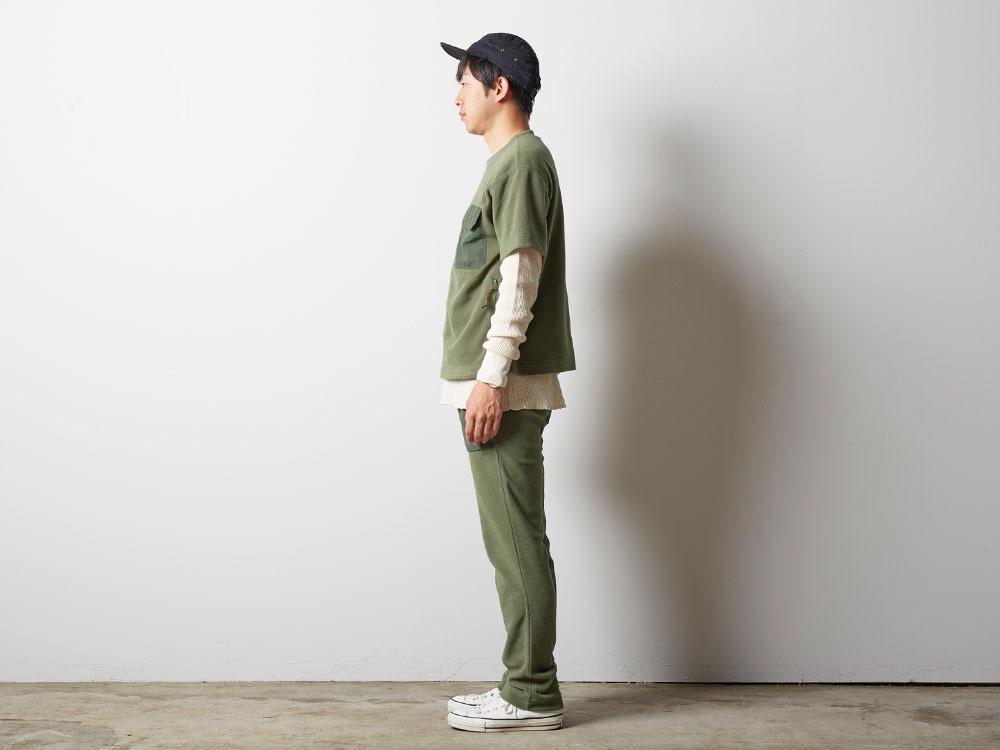 リサイクルポリエステルフリースティーシャツ 2 オリーブ