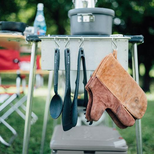 Camper's Mitten